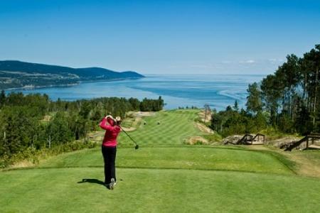 Club de golf fairmont le manoir richelieu for Golf du bic forfait